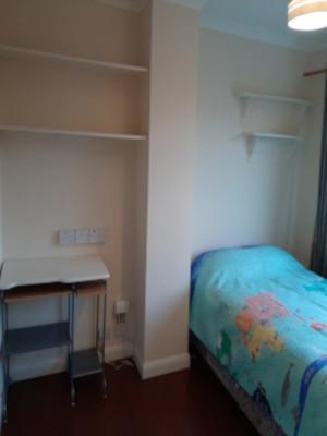 Bedroom_300